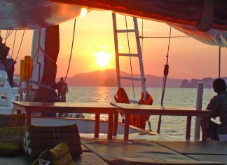 ANZA Community Cruise combining island hopping & volunteer work in Thailand