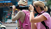 Singapore Photograpy, Learn Photography, Persons taking photos, Persons using Cameras, Singapore Street photography