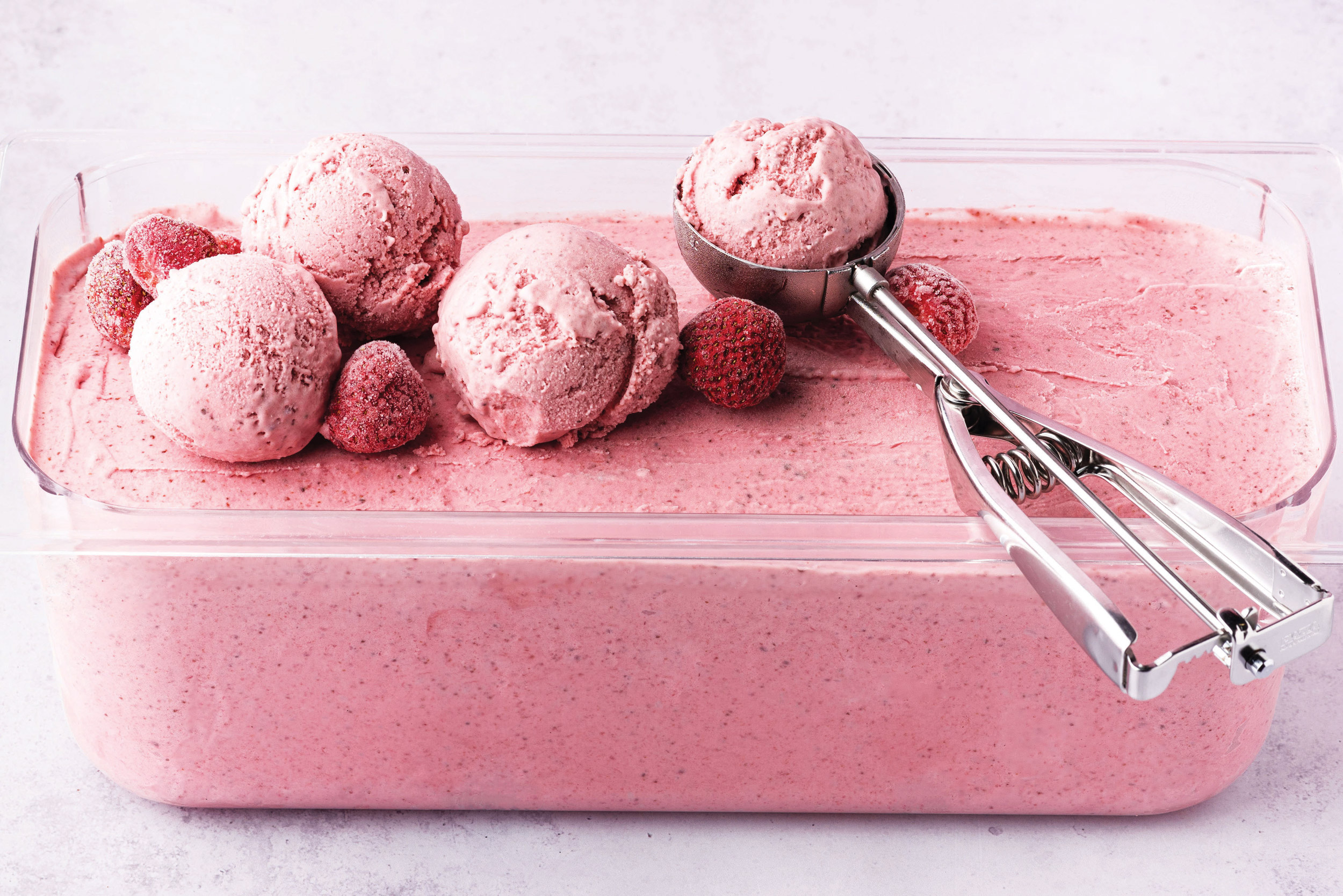 raspberry ice-cream and scoop