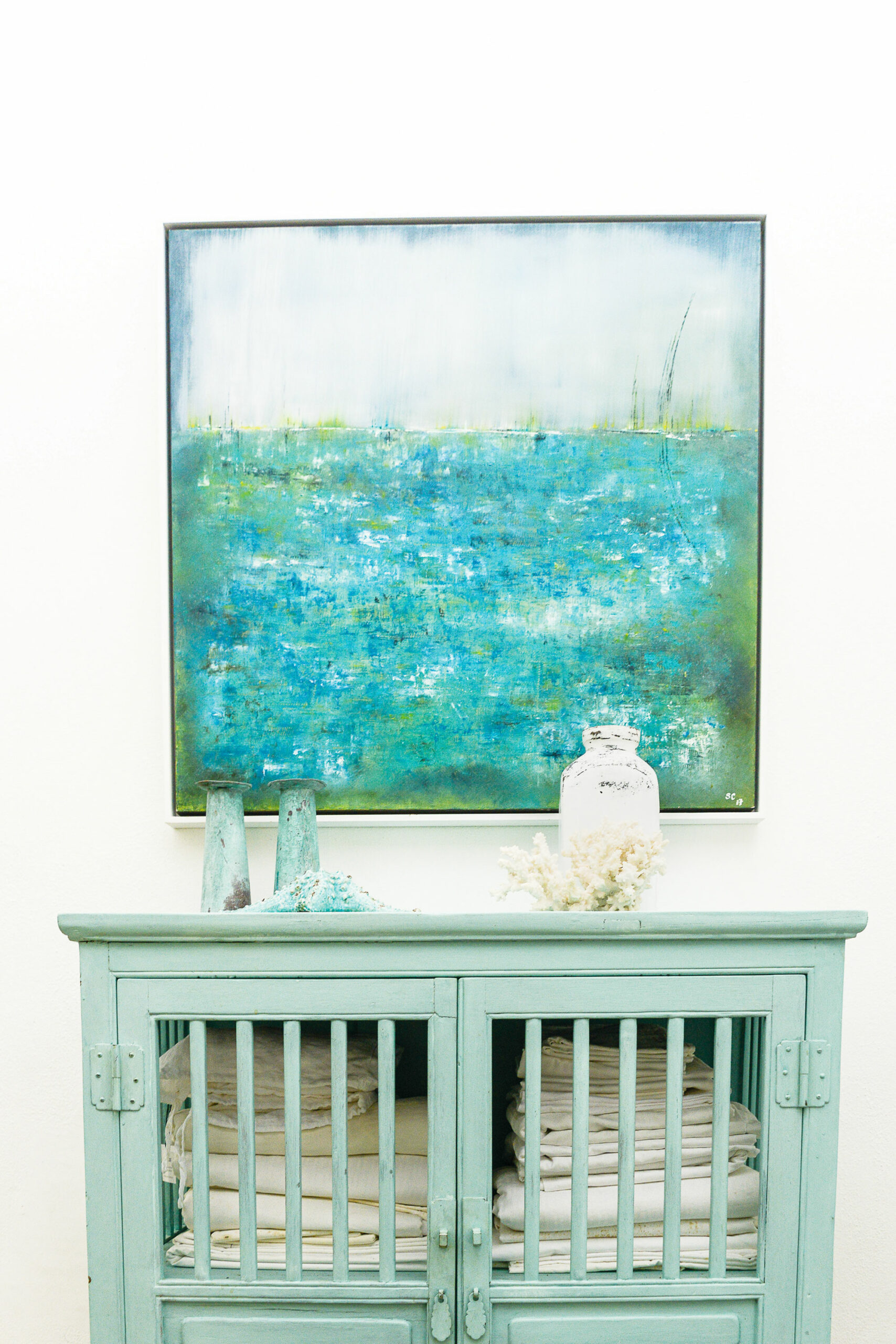 Spring Feeling by Sandrine Capdouze, blue theme decor
