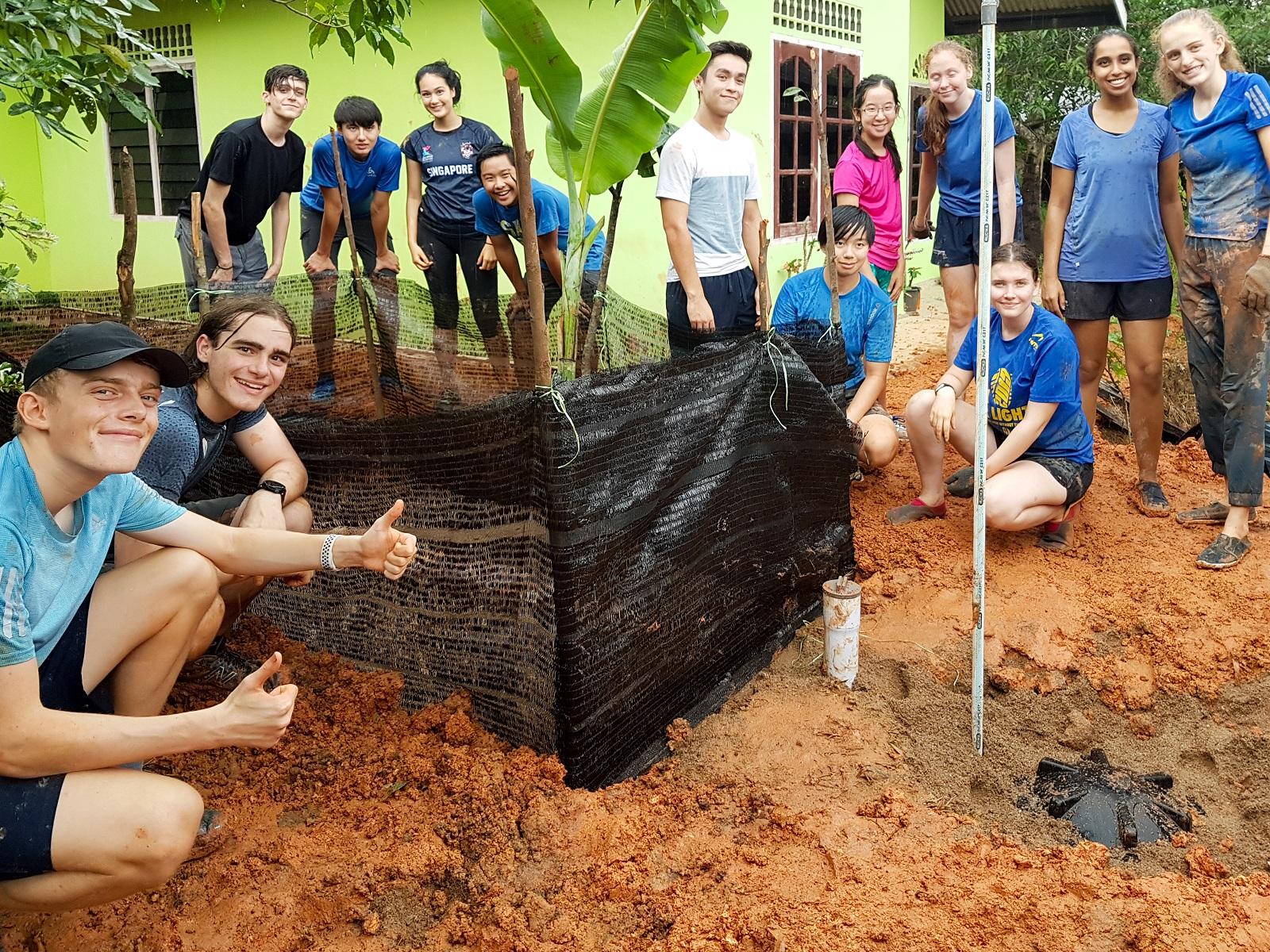 Students volunteerers