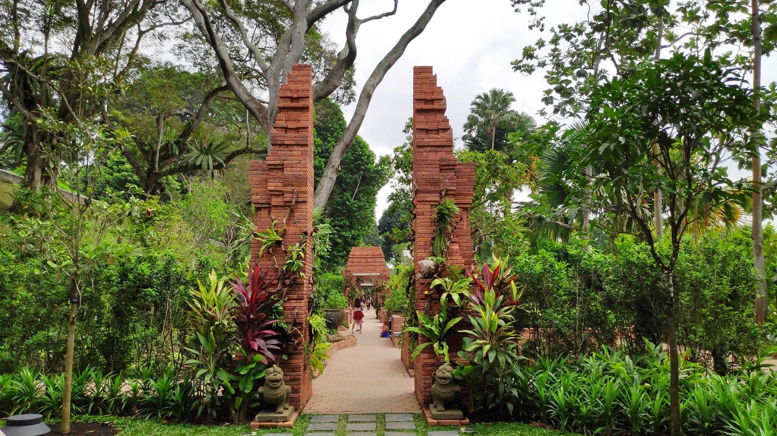 Sang Nila Utama Garden Fort Canning